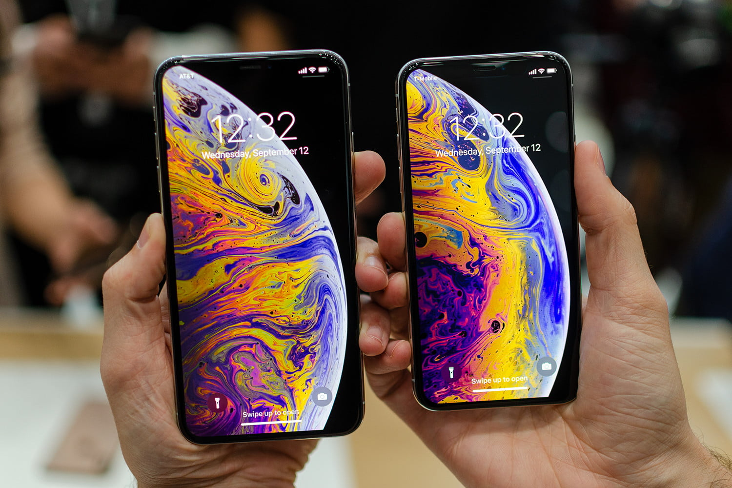 Обзор Apple iPhone Xs и Xs max - яркие экраны